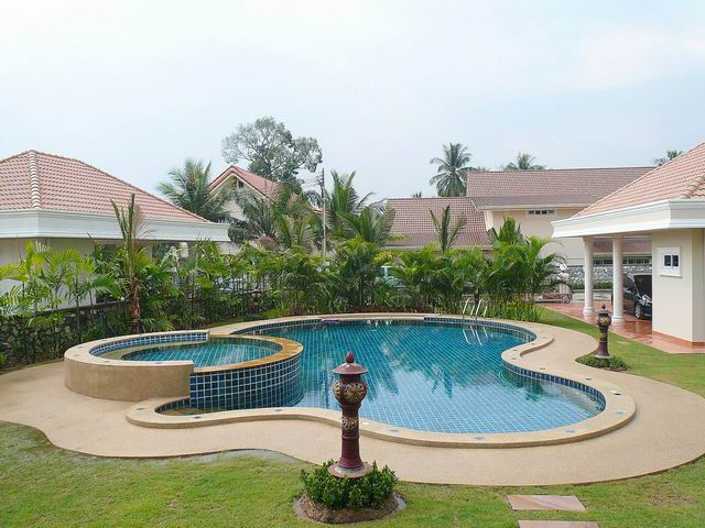 East Pattaya, Detached 2 Storey Luxury Villa