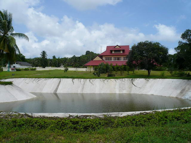 Bangaray House and Swimming Pool