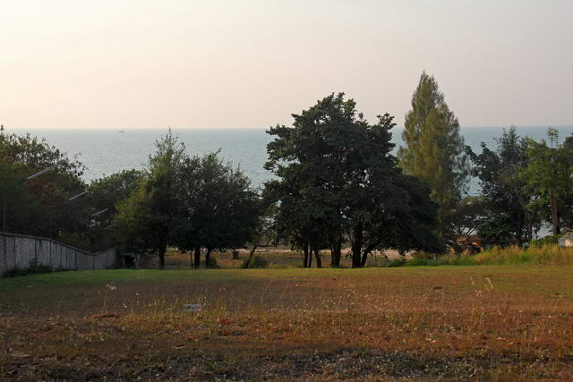 Beach Front Residential Estate Land for Sale in a beautiful unspoiled area 1,396 sqm, 80m from the beach, sea view, ready for construction, club house, restaurant, communal swimming pool, 24 Hour Security
