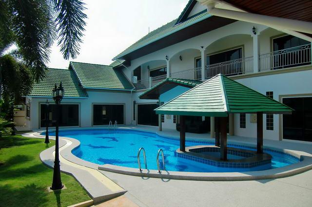 East Pattaya 2 Storey Detached Pool Villa For Sale