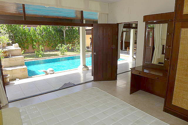 East Pattaya Thai Bali Pool House for Sale, 2 Stor..