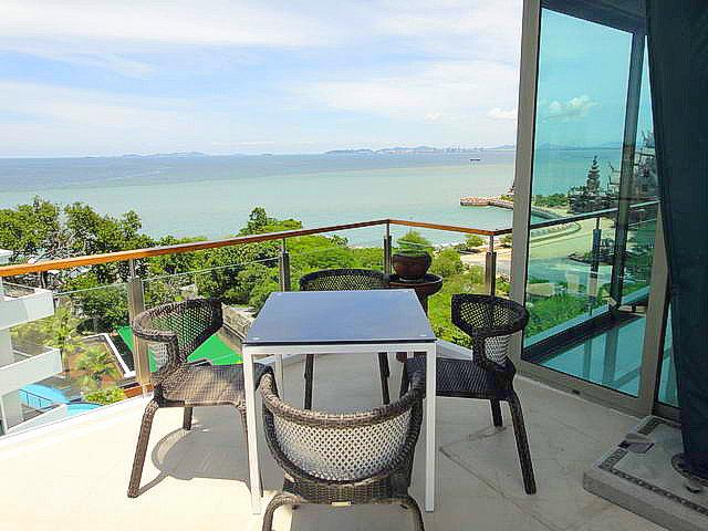 The Sanctuary Condo, Absolute Strandlage, Luxus Penthouse (Duplex) zu verkaufen, 225 qm, 4/5 Bett, 5 Bader, europaische Kuche, voll mobliert, Balkone x4, Meerblick, Fremdbesitz,
