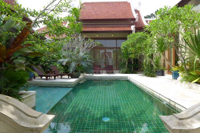 View Talay Marina, Thai Bali Moderne Luxus Pool Villen zum Verkauf, Landgut 512 bis 784 qm, Wohnflache 200 qm, 3 Bett, 4 Bad, Euro und Thai-Kuche, Tropischen Garten, Privates Swimmingpool , Bootsanlegestelle, 24HS, * Preise Von 24.9 M Baht