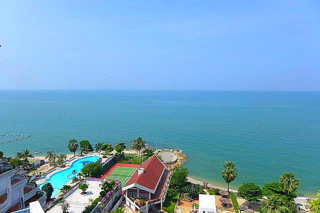 Siam Penthouse Eigentumswohnung zum Verkauf, Absolute Beachfront, Front Corner Einheit, 105 qm, 2 Bett, 2 Bad, europaische Kuche, voll mobliert, Balkon, Panoramablick auf das Meer, in auslandischem Besitz