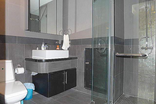 Jomtien, Thepprasit  Platinum Suites Condo for Sal..