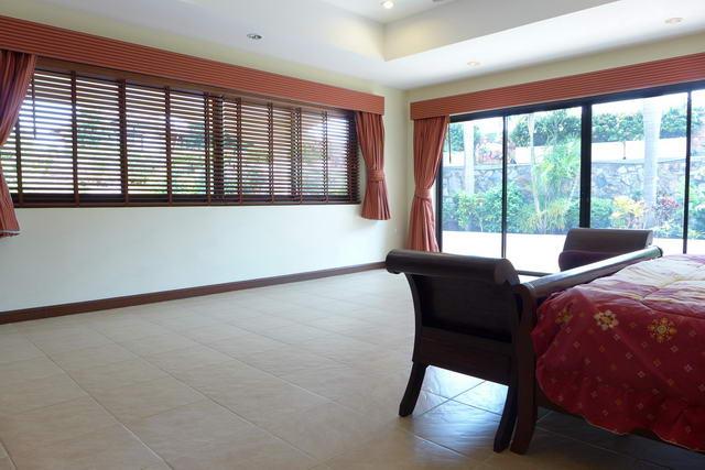 East Pattaya, Soi Siam Country Club