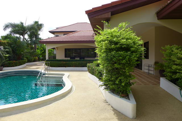 House for sale in East Pattaya, Soi Siam Country Club