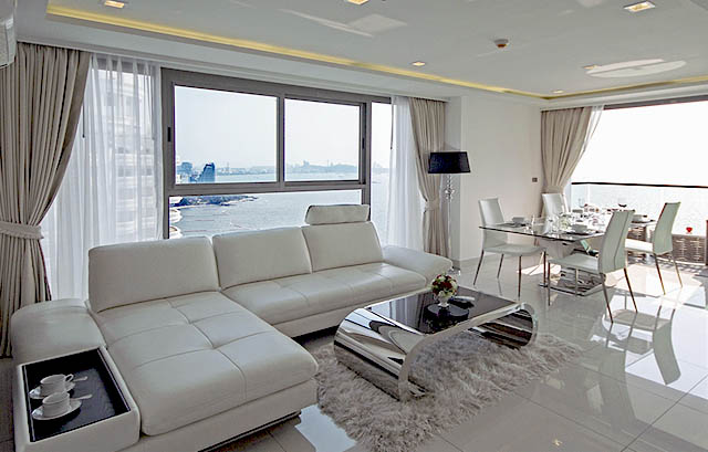 Wong Amat Tower Condo for Sale, Absolute Beachfront