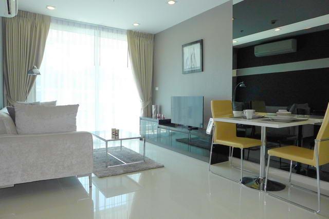 Vision Condo for Sale, 39 qm, 1 Schlafzimmer, 1 Bad, Wohnzimmer, Europaische Kuche, voll mobliert, Balkon, bereit zu bewegen, Auslandischer Besitz