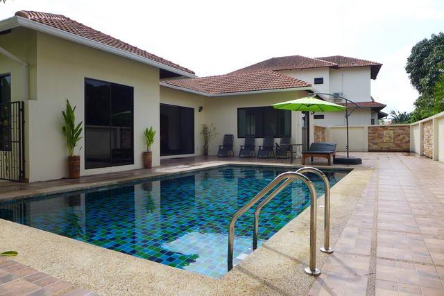 East Jomtien Paradise Villas Detached Pool Villa For Sale