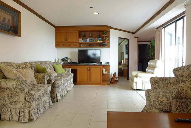 Open Plan Living Room, Jomtien Beach Paradise Cond
