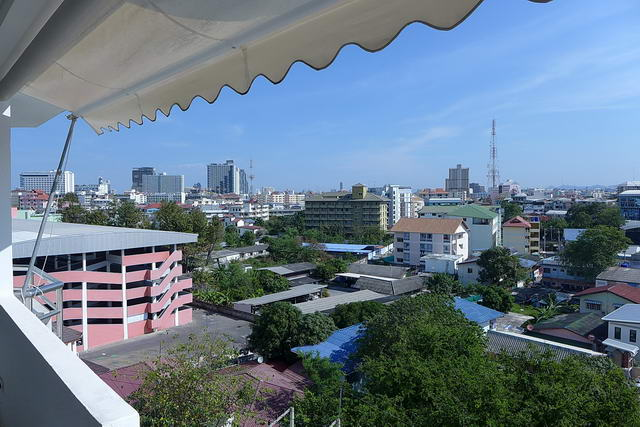 Condominium for sale in South Pattaya (Near Tuk Com, Wat Chai, and Walking Street)