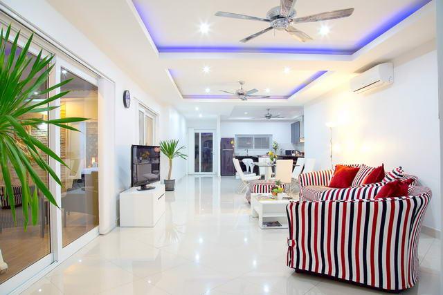 living room Huay Yai House for Sale