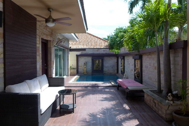 South Pattaya, Pattaya Lagoon Resort Pool Villa for Sale