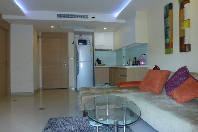 Lounge Euro Kitchen City Garden Condo Pattaya