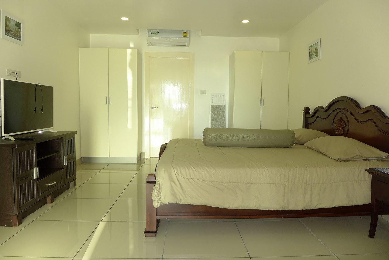 Phratamnak Pattaya Hill,