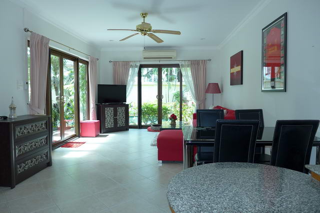 Jomtien Beach View Talay Pool Villa for Sale