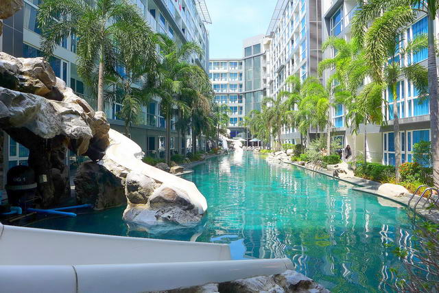 South Pattaya, Centara Avenue Residence and Suites..