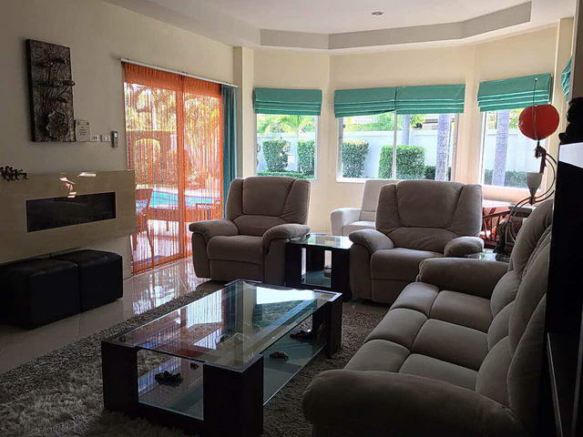 TV Lounge Green Field Village House Sale Pattaya