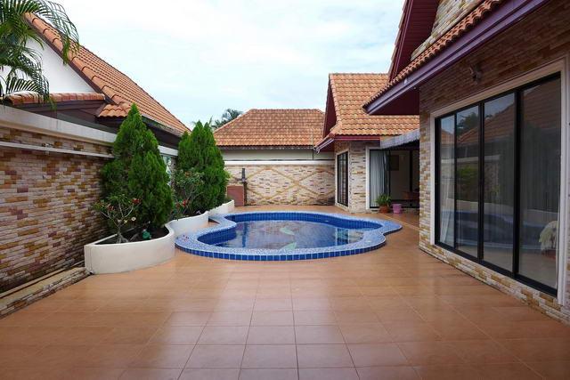 Jomtien Beach, View Talay Villa Thai Bali Pool Vil..