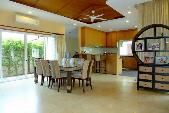 Pattaya House for Sale Open Plan Living Room
