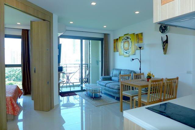 Wong Amat Beach, City Garden Tropicana Condo for Sale