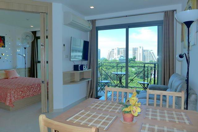 Wong Amat Beach, City Garden Tropicana Condo Sale