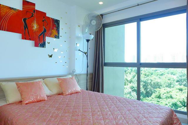 Condominium & Naklua, Wong Amat Beach