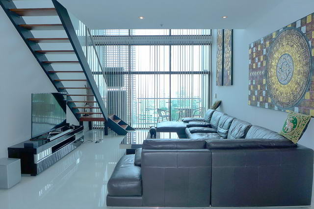 South Pattaya The Axis Condo for Sale