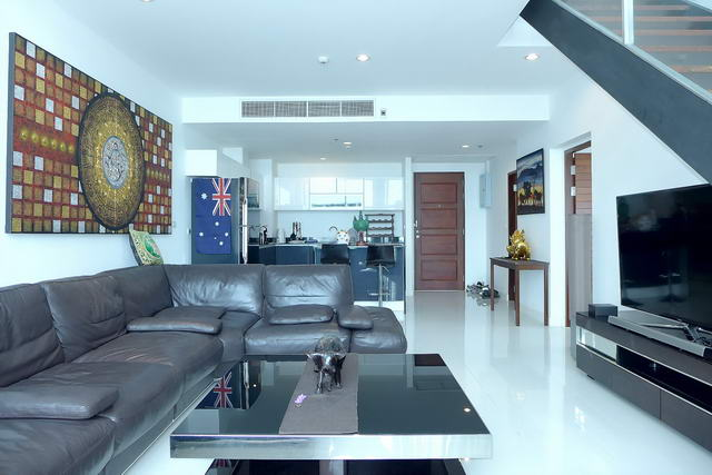 Condo for Sale Pattaya Open plan living room