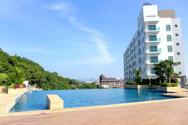 South Pattaya The Axis Condo for Sale, Penthouse D..