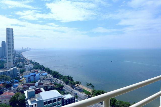 Condominium for sale in Jomtien Beach