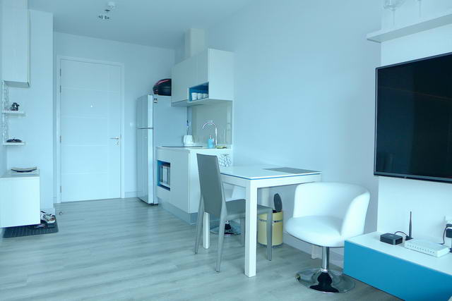 Pattaya Condo for Sale Open plan living room