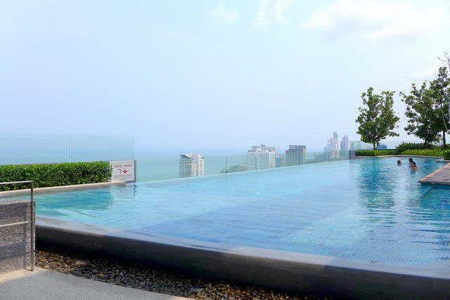 Central Pattaya Centric Sea Condo for Sale, 35 sqm..