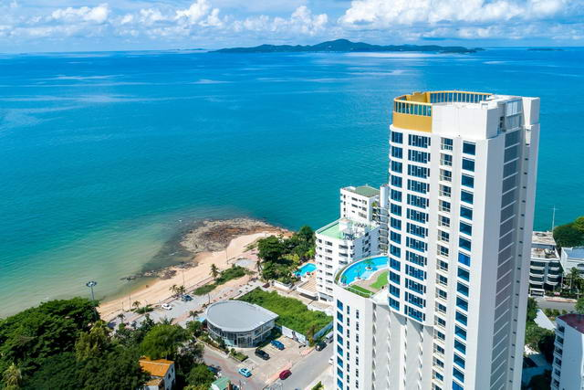 Pattaya Phratamnak Dong Tarn Beach New Sands Condo for Sale