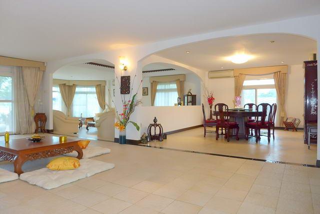 Pattaya House for Sale Living Room
