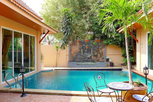 AD House, freistehende Pool Villa zum Verkauf, Grundstucksgrosse 348 m2, Wohnflache 180 m2, 3 Schlafzimmer, 3 Bader, europaische Kuche, voll mobliert, tropischer Garten, privates Schwimmbad, 24 HS ** Verkaufen mit Mieter @ 7% ROI