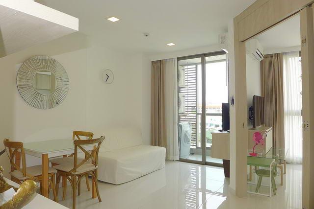 Cloud Condo zum Verkauf, 34 qm, 1 Schlafzimmer, 1 Badezimmer, europaische Kuche, voll mobliert, Balkon, Blick auf die Stadt, Auslandischer Besitz