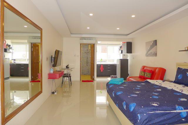 Pattaya Beach Condo, Studio-Suite zum Verkauf, 34 qm, europaische Kuche, Badezimmer, voll mobliert, Fremdbesitz