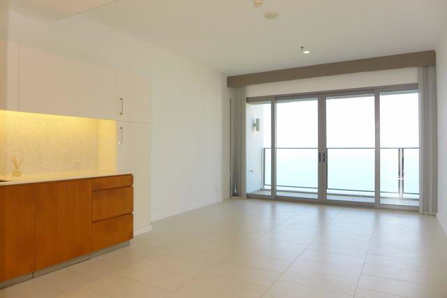 Northpoint Luxus-Eigentumswohnung zum Verkauf, Absolute Strandlage, Hohe Etage, 68 qm, 1 Schlafzimmer, 1 Bad, europaische Kuche, Einbauten, Balkon, Panoramablick auf das Meer, auslandischer Besitz