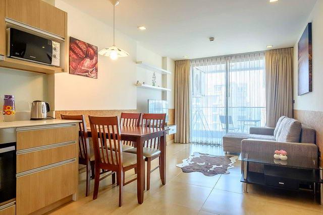 Cliff Condo zum Verkauf, 47 qm, 1 Schlafzimmer, 1 Badezimmer, europaische Kuche, voll mobliert, Balkon, Teilmeerblick, Fremdbesitz