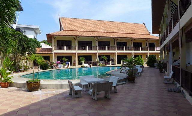 pattaya city resort central location rentals sales